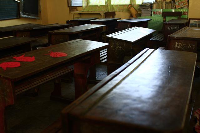 classroom-chair3