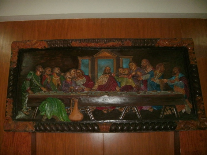 A carved Last Supper, the best that i have seen. The eyes of the characters are very expressive over the news of betrayal.